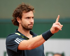 French Open 2.kārta. Bagnis - Gulbis 2-6, 5-7, 0-5 (rit 3.sets)